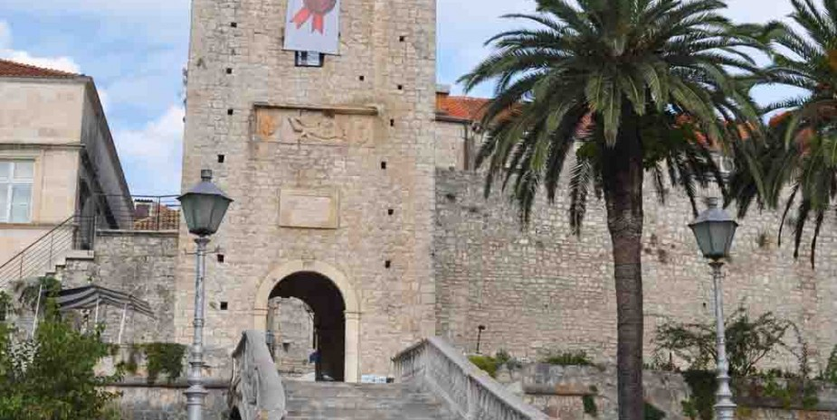 Main gate to oldtown of Korčula